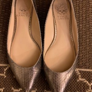 Vince Camuto pointy flats